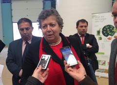 La ministra del Mar de Portugal durante su visita a Algafarm_ microalgas