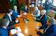 Reunión de alcalde de Vigo, Abel Caballero, con usuarios de O Berbés